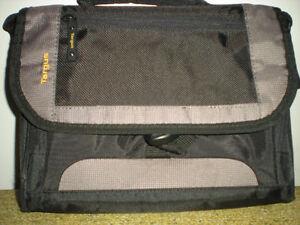 Targus laptop computer travel case 12''