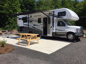 Forest River Forester 2651S 2016 27' avec slide out