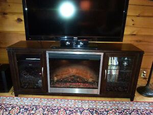 TV Entertainment Centre with fireplace
