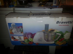 Food processor multifunctional brand new in the box