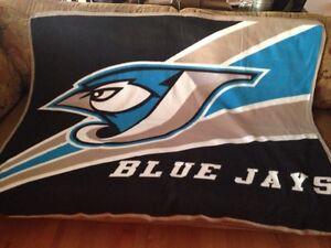 Toronto blue Jays throw blanket Gatineau Ottawa / Gatineau Area image 1