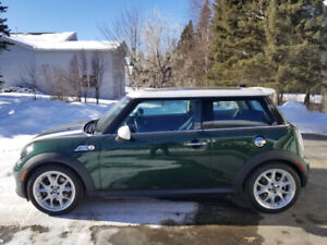 2012 Mini Cooper S *LOW KM*