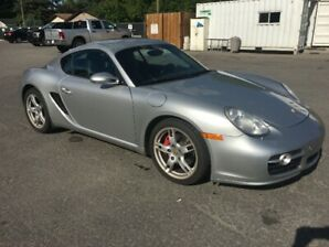 2006 Porsche Cayman S - 57,000 kms on new engine