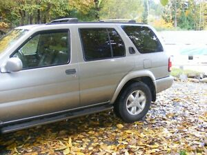 2001 Nissan Pathfinder SUV, Crossover 4x4 FULLY LOADED