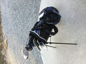 Ladies Founders Club FLX2 golf clubs and Bag. used irons putter