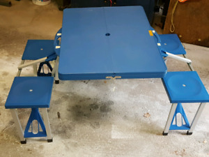 Children's folding picnic table.