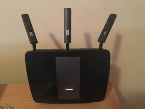 Linksys EA9200 (AC3200) Tri-Band Smart Wi-Fi Router for Sale!
