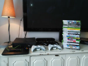Xbox 360 kinect - 4 manettes - 23 jeux - game tablet