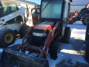 Used Compact tractors and Skidsteers for sale