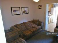 1 bedroom in Middle Lane, Surrey, KT17