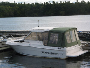 25' Campion 682 Explorer Hardtop - Excellent Condition