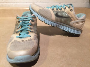 Women's Nike+ Lunar Glide 2 FlyWire Running Shoes Size 8