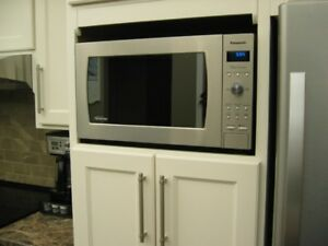 Stainless steel Microwave comes with Inverter.