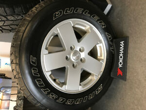 5 Factory Rims/Tires for Jeep Wrangler Sport