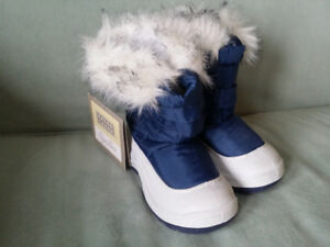 Size 9 Kids Boots Brand New With Tags
