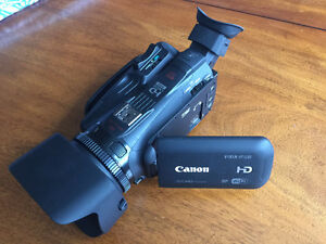 Canon HF G30 Prosumer Camcorder - MINT - 64GB SD - $800 FIRM