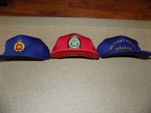 3 CANADIAN MILITARY BASEBALL CAPS, UNUSED, RED AND BLUE