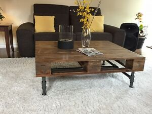Mid-century modern, exclusive pallet coffee table Gatineau Ottawa / Gatineau Area image 1