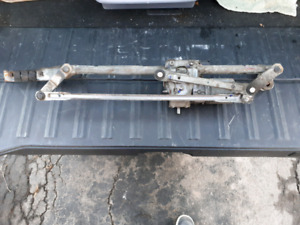 2006 Jetta TDI Used wiper transmission complete with motor.