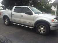 2004 Ford F-150 SuperCrew Pickup Truck, leather, fx4