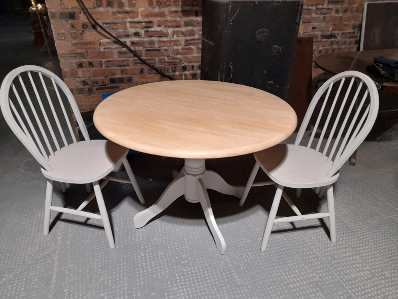 Pine Dining Table Chairs In Govan Glasgow Gumtree