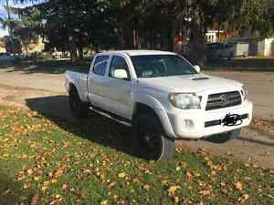 2009 Tacoma **Price drop**