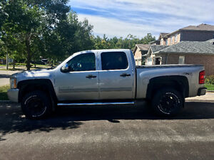 2011 Chevrolet Silverado 1500 LT in GREAT condition!