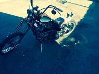 Harley-Davidson Bobber 1949 moteur Shovel 1976 1200cc