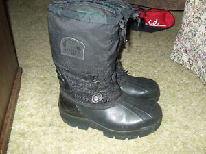 NEW PRICE  SOREL BY KAUFMAN EXTREME WINTER BOOTS