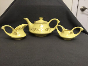 Collectible Antique Pearl China Co Lusterware Teapot London Ontario image 1