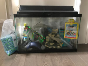 FISH TANK WITH ALL INCLUDED