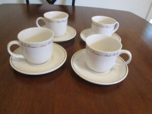 Royal Doulton Set of Four Cups and Saucers, Peek Freans.