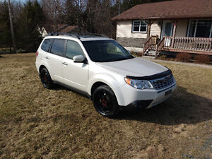 2011 Subaru Forester limited VUS