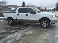 2005 Ford F-150 4x4 ( newer tires , Hwy KM )