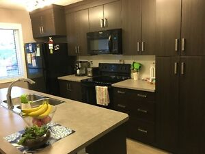 TOWNHOUSE with 2 MB's w/ En Suites in desirable Laredo location