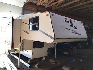 2004 Arctic fox truck camper for sale