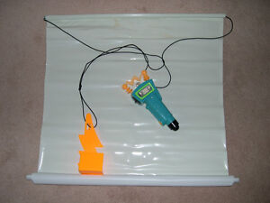 Nickelodeon FLASH SCREEN Glow in Dark Toy - Collector's item!