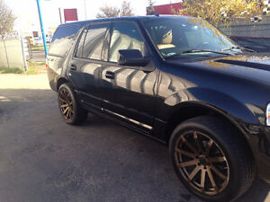 "2012 Lincoln Navigator SUV 24"" RIMS - BLACKED OUT - DEBADGED"