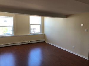 1 bedroom heat and lights included