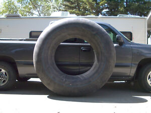 HUGE TUBES to pull with boat / snowmobile / ATV Regina Regina Area image 1