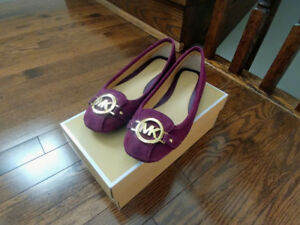 Brand new Michael Kors women flats size 7