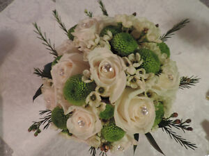 WEDDING DECOR & FLOWERS Cambridge Kitchener Area image 7