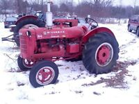 1948 MCCORMICK W-4 TRACTOR with side PTO