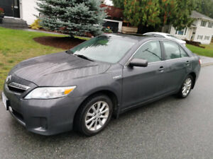 2010 Toyota Camry Hybrid for sale by owner