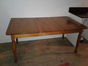 Extensible Oak Desk