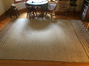 Large Wool Rug, Excellent Condition