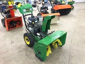 JOHN DEERE 1028E WALK BEHIND SNOW BLOWER... REDUCED!!
