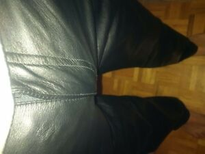 size 36 leather pants by the leather ranch Peterborough Peterborough Area image 3