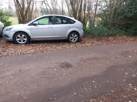Ford focus 2009 breaking spares parts