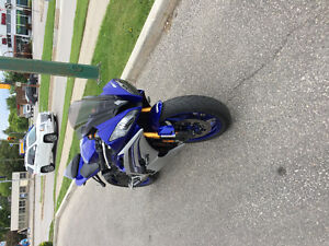 Selling my 1 year old R6